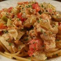 Spaghetti in romige zalm-champignons saus : Recepten van Domy