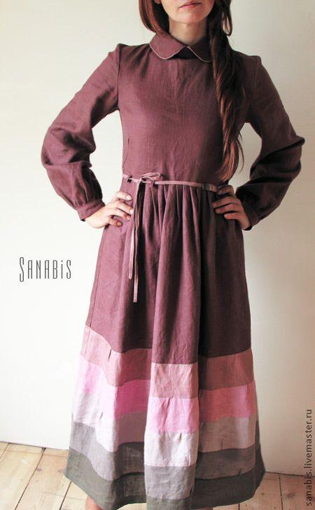 Купить или заказать Платье 'Зимняя роза' в интернет-магазине на Ярмарке Мастеров. Платье из льна с отложным воротничком цвета. Основной цвет платья - бордово-коричневый, палитра юбки - пыльно-розовая. Поя…