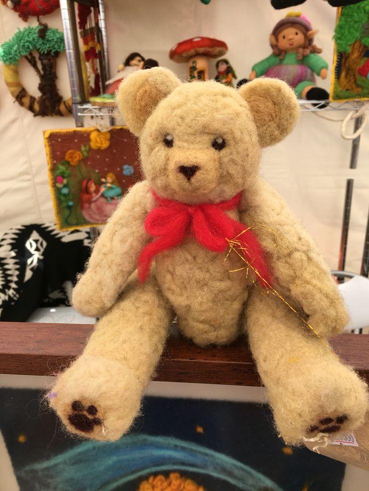 Osito Teddy en vellón agujado