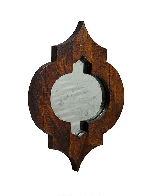 MOROCCAN-STYLE MIRROR