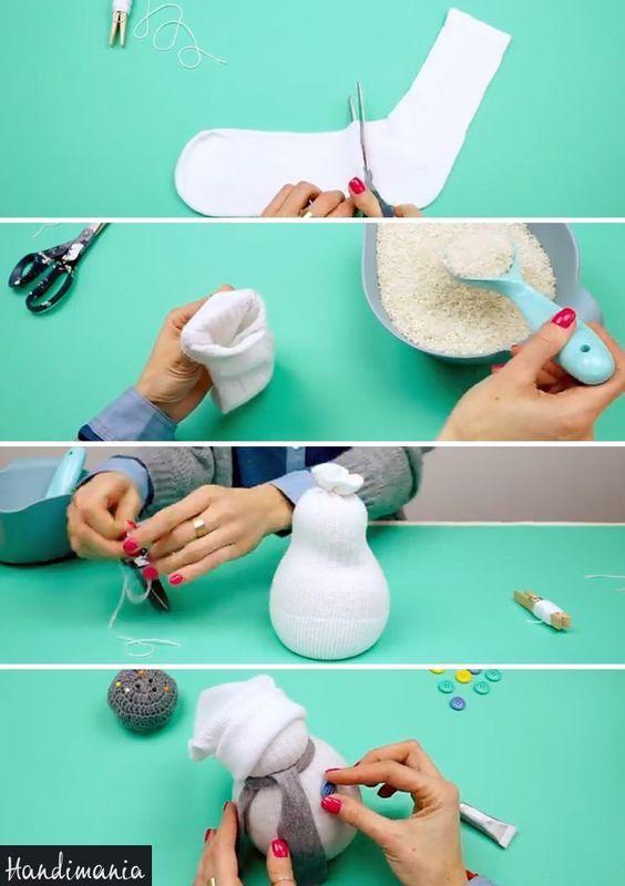 Verwandeln Sie eine alte weiße Socke in eine niedliche DIY-Dekoration für den Winter
