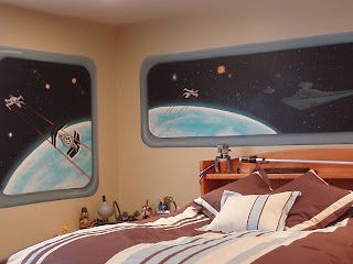 Star Wars custom bedroom murals - this delights my inner child.