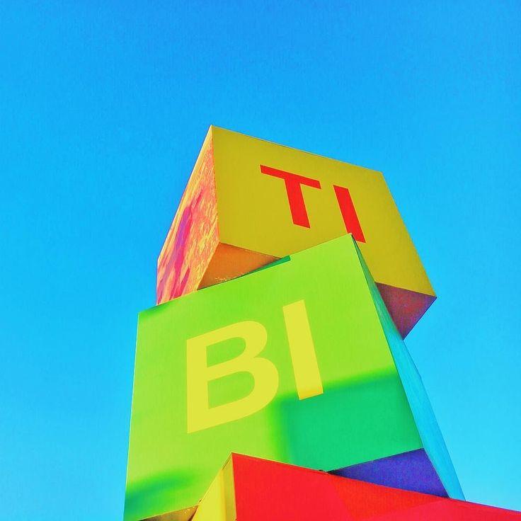 Toys #cube #geometries #letters #sky #colors #lookingup #igersbarcelona #igersspain