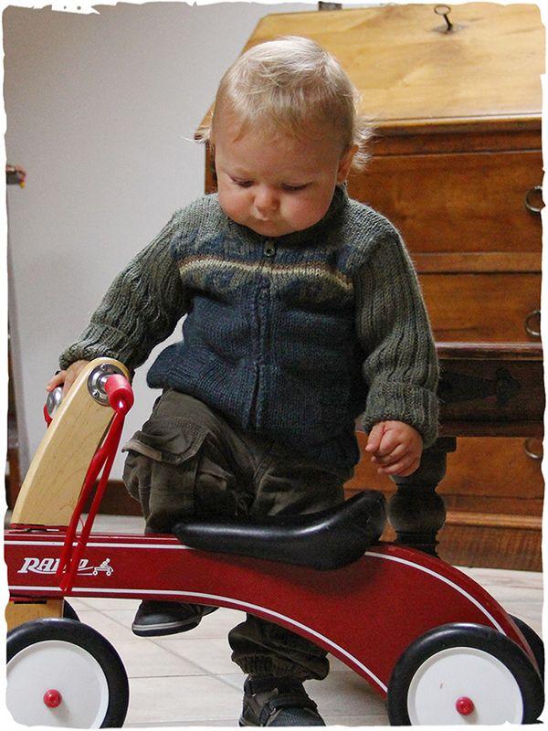 Nikita wool cardigan  #children #alpaca #cardigan with zip - ribbed longsleeves - two colours combination - two pockets - See more at: http://www.lamamita.co.uk/en-US/store/winter-clothing/1/childrens-sweaters/nikita-wool-cardi#sthash.XsnHnUMC.dpuf