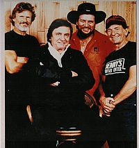 From left to right Kris Kristofferson, Johnny Cash, Waylon Jennings, Willie Nelson, who formed the country music supergroup, The Highwaymen Oh so very young.