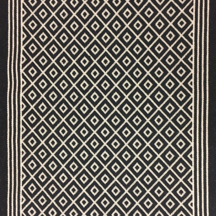 Jacquard Bespoke Diamond Border. This beautiful flatweave stair runner made at 70cm wide in Black and Ivory colours.