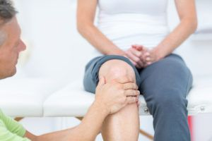 Chronic knee pain can be relieved in many cases with chiropractic therapy or acupuncture. This blog tells all.