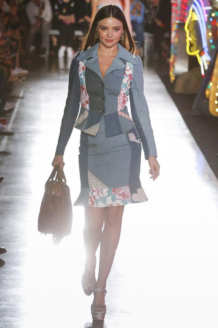 Moschino Resort 2018 Fashion Show Collection