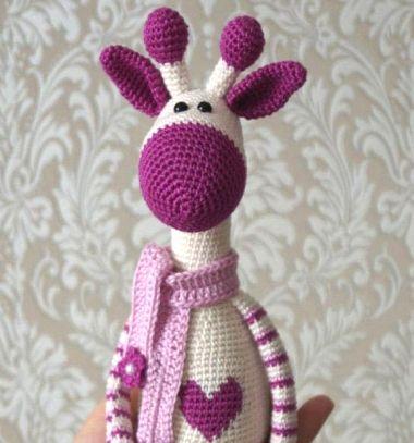 012e9fa420 Nyúlánk amigurumi zsiráf szívecskével (ingyenes horgolásminta) ❤Mindy -  kreatív ötletek és dekorációk minden napra