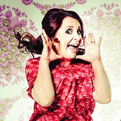 Lucy Porter – Northern Soul. She spoke to me! And told me I'm a lovely young woman with the whole of life ahead of me. This makes me extremely happy as I haven't been ID'd for booze in quite some time #edfringe