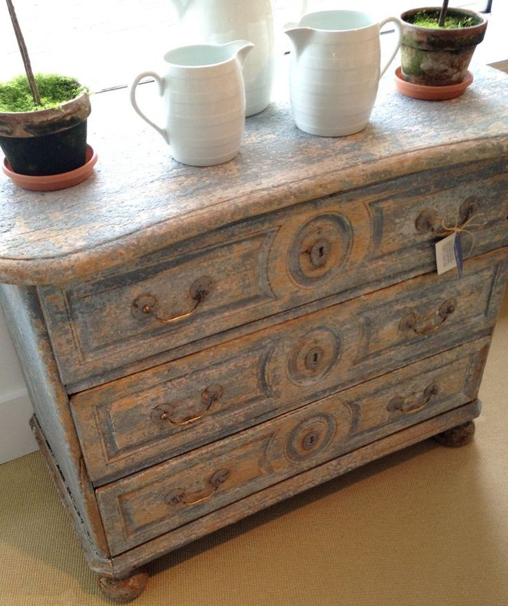 36 best images about patina style on pinterest farmhouse for Country french style furniture