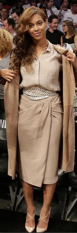 Beyonce: Shoes – Christian Louboutin  Skirt and coat – Burberry Prorsum