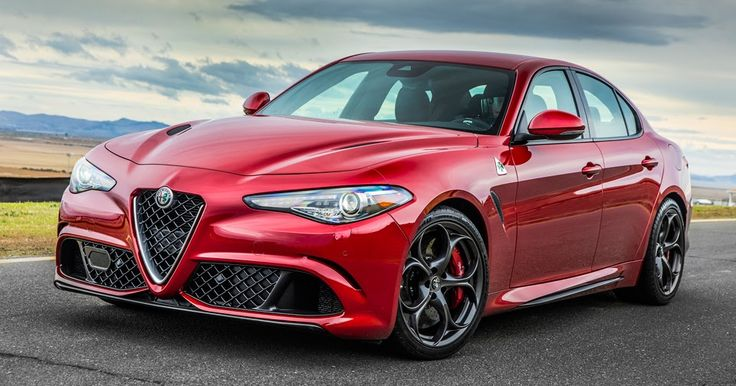 Alfa Romeo Giulia 2.0 Turbo Four With 350 HP? Yes, Please #Alfa_Romeo #Alfa_Romeo_Giulia