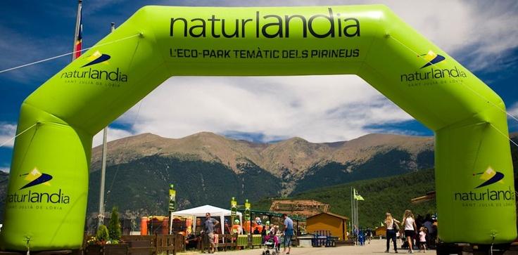 Reserva tu estancia en el Hotel Metropolis de Andorra, en Escaldes y disfruta de Andorra. Estamos en Escaldes, cerca del centro termolúdico Caldea y a pocos kilómetros de las estaciones de esquí de Vallnord, Grandvalira y Naturlandia.