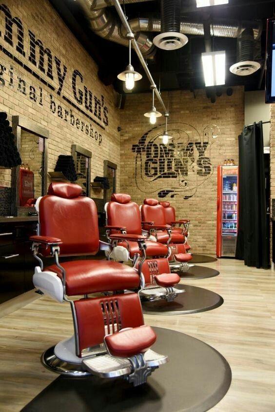decoration interieur vintage moderne decoration vintage salon design collection s e Modern Barber Shop, Barber Shop Interior, Barber Shop Decor, Salon Interior,  Barber