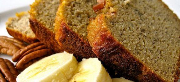 Banánový-chlieb-s-pekanovými-orechami-a-agávovým-sirupom