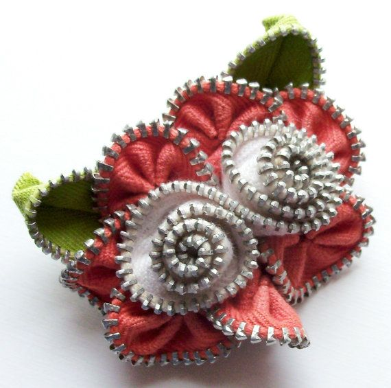 Coral and White Multi Flower Floral Brooch / Zipper Pin by ZipPinning 2577