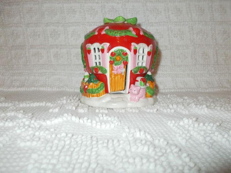 Vintage Strawberry Shortcake Porcelain Christmas House American Greetings