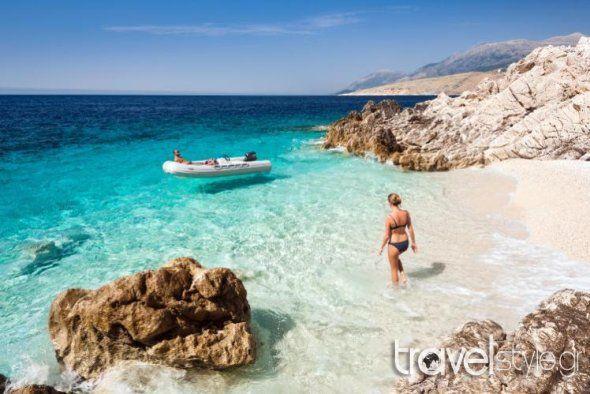 Σας αποκαλύπτουμε το νέο must visit προορισμό των Βαλκανίων! Η ριβιέρα που πρέπει να επισκεφθείτε προτού ανέβουν οι τιμές! (photos) - Travel Style