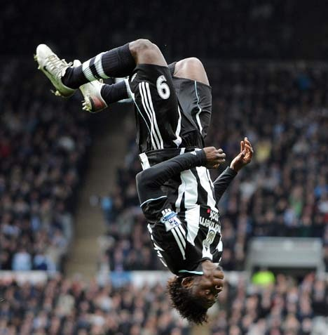 Obafemi Martins goal celebration on Newcastle United #NUFC #Quiz