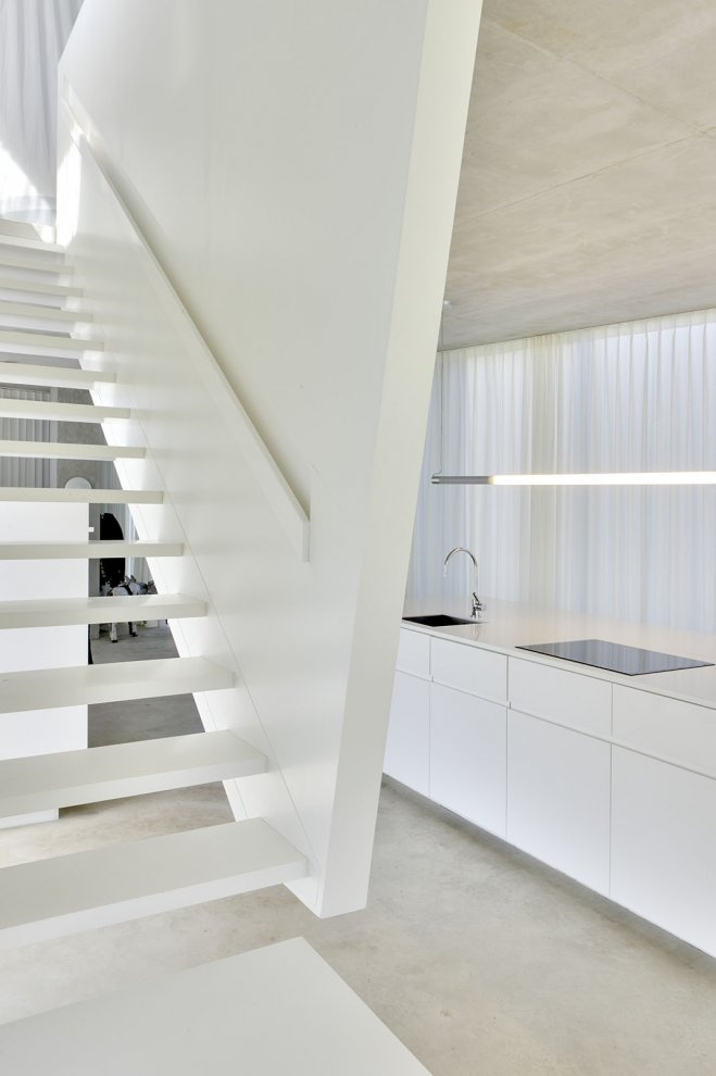 The H House By Wiel Arets Architects_Maastricht, Netherlands