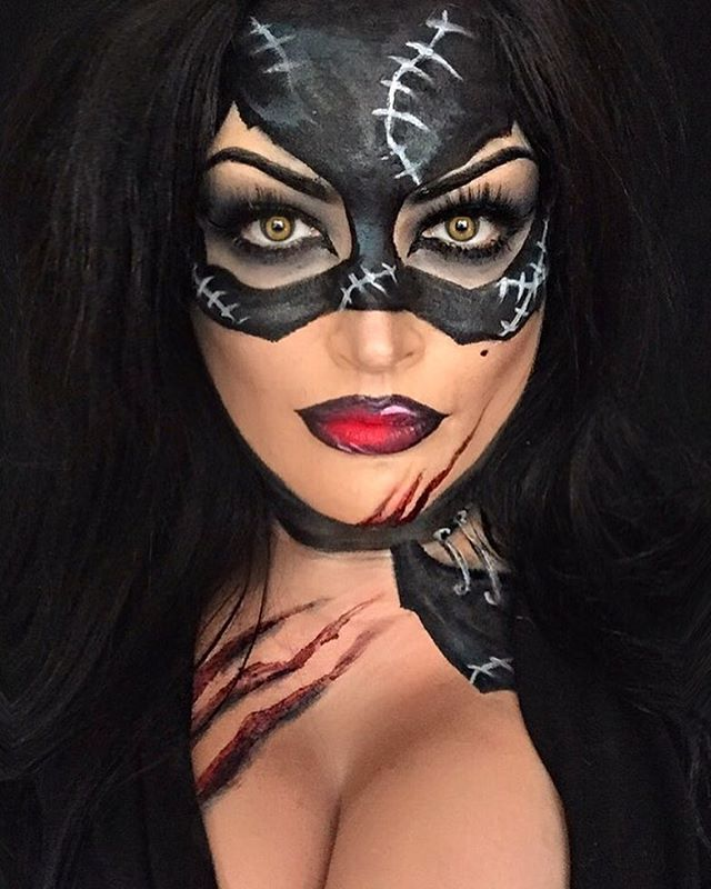 #catwomanmakeup #catwoman #makeup #mua #black #cat #charactermakeup #halloweenmakeupideas #makeupartist #cosplay #marvel #comics #comic #hero #comiccon #dc #batmanmakeup #batman #undiscovered_muas #callingallcrafts #dupemag #catwoman products by : @maccosmetics @inglot_cosmetics @officialsnazaroo @graftobianmakeup @nyxcosmetics @makeupforeverirl