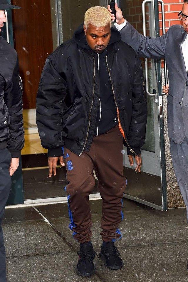 Yeezy 350 V2 Boost Low SPLY Kanye West Dark Green Sz 8 11