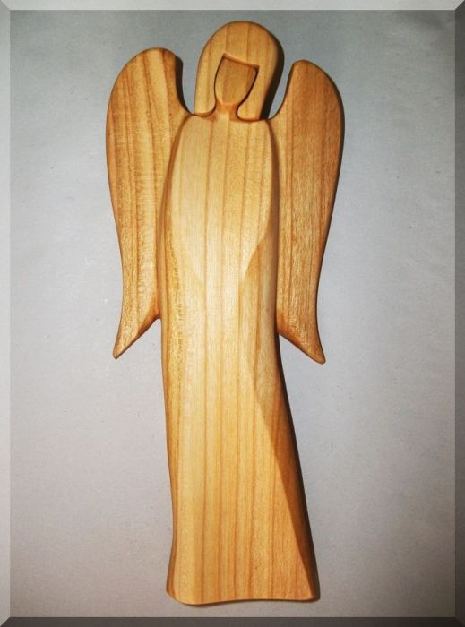 44.00 € www.soly-toys.com Wooden Angel, cherry tree