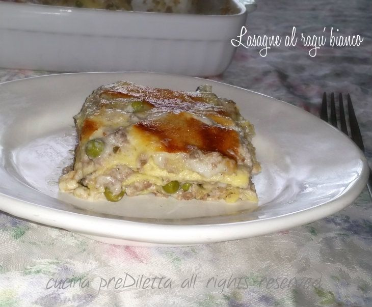 Lasagne al ragù bianco, una valida alternativa alle solite lasagne con ragù al pomodoro. Avevo ospiti a cena, qualche sera fa, e uno di loro odia il .......