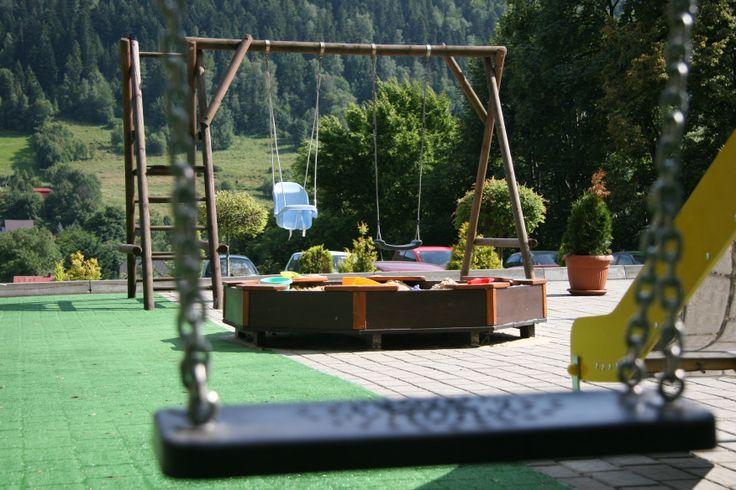 Letni Plac Zabaw. #hotel #szczyrk #dzieci  www.hotel-elbrus.pl