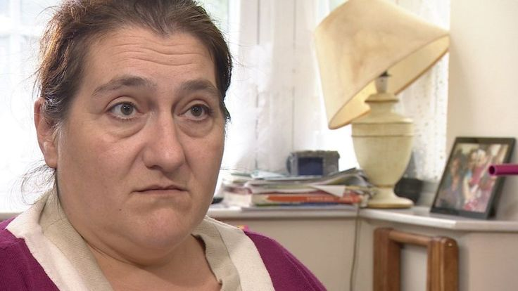 Some people are left near-destitute due to flaws in the benefits system, the Victoria Derbyshire programme is told.