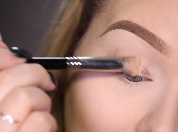 Trendy Makeup Tips :    Picture    Description  Why Use Eye Primer | Rihanna Work Makeup Tutorial, check it out at makeuptutorials.c…
