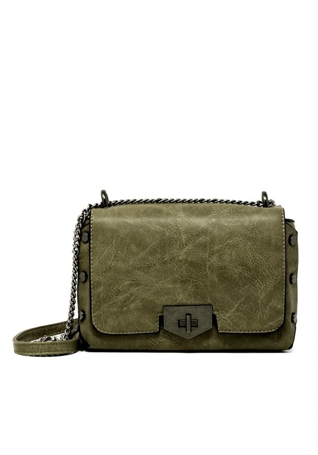 397193bc88 Τσάντα με αλυσίδα και τρουκ  fashionista  dress  girls  mystyle  outfit