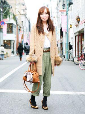 秋物のファッションって、その年の流行に流されがち。でも毎年秋が来るたびに新しいファッションに合わせてられない\u2026そんな方に!毎年着れちゃうテッパンの秋物
