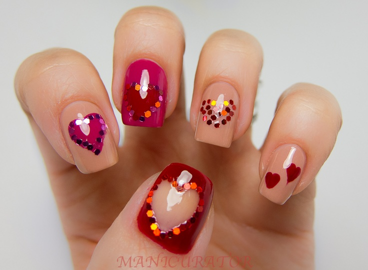 Chanel and glitter hearts!: Heart Nails, Nails Art Ideas, April Shower, Valentines Day, Nails Polish, Glittery Heart, Glitter Heart, May Flowers, Amor Parts