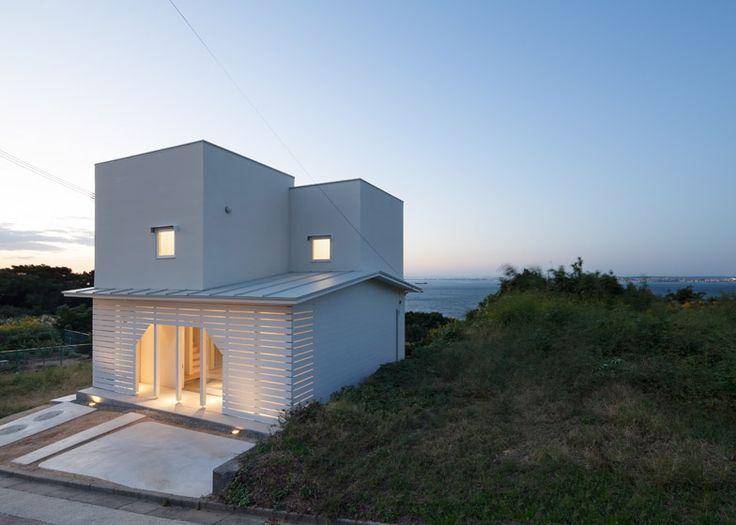 House on Awaji Island has a house-shaped entrance.
