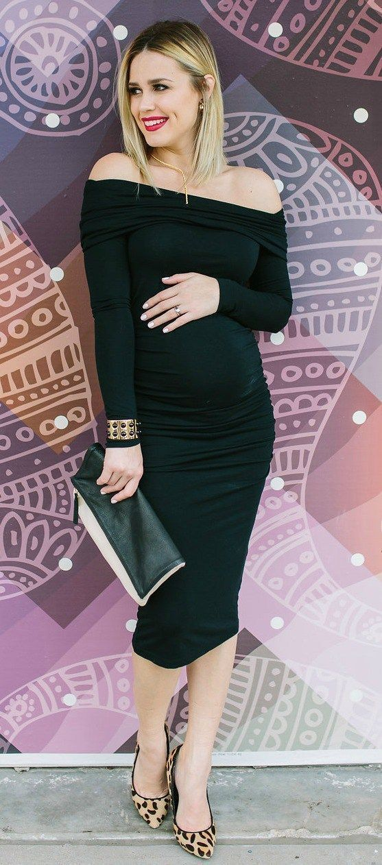 Off the shoulder maternity dress | Maternity dress | Maternity outfits | Seraphine Maternity | Uptown with Elly Brown #pregnancyaccessories, #maternityoutfits