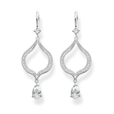 These majestic The Purity of Lotos earrings symbolise the natural self-confidence of feminine beauty. #THOMASSABO #giftidea #christmas