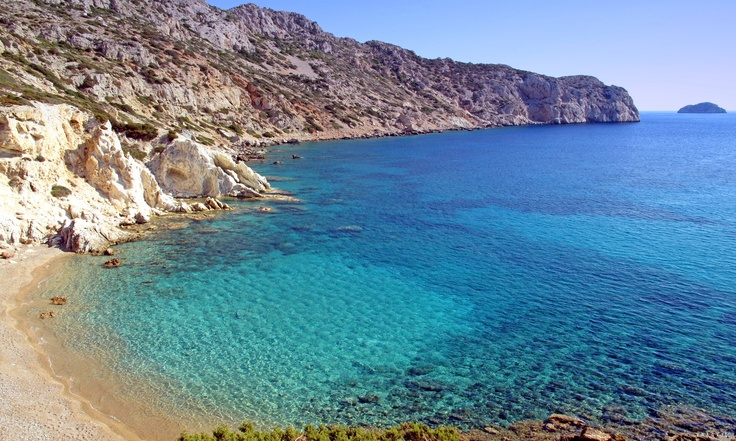 The most southern beach of Chios, 8.5 Km from Pyrgi, next to Mavra Volia. Small sandy bay ideal for sunbathing.
