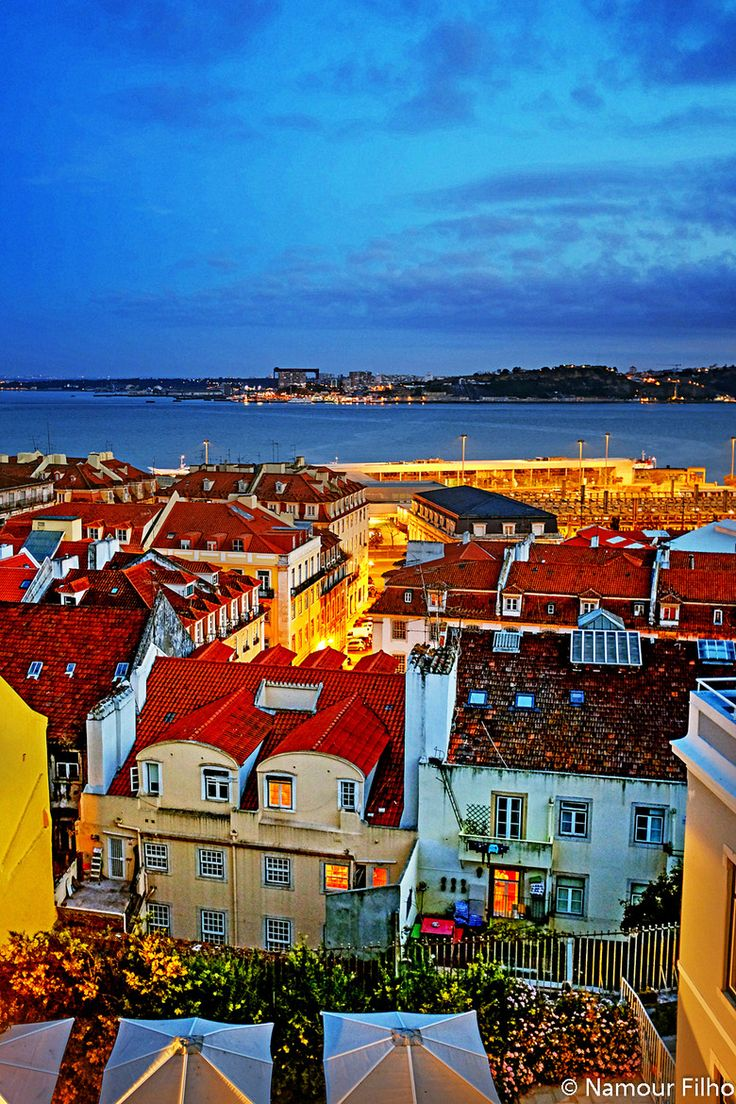 Evening in Lisbon, Portugal BEAUTIFUL AND WIDE FLAT IN ALFAMA (Lisbon) A beautiful and confortable flat in Alfama, one of the most charming neighbourhoods of Lisbon with its characteristic maze of narrow streets, where you can enjoy a variety of Fado houses, local restaurants, trendy bars and picturesque houses, a perfect choice for those who want to be at the heart of Lisbon, within a walking distance of the most interesting places in town. https://www.airbnb.pt/rooms/805264