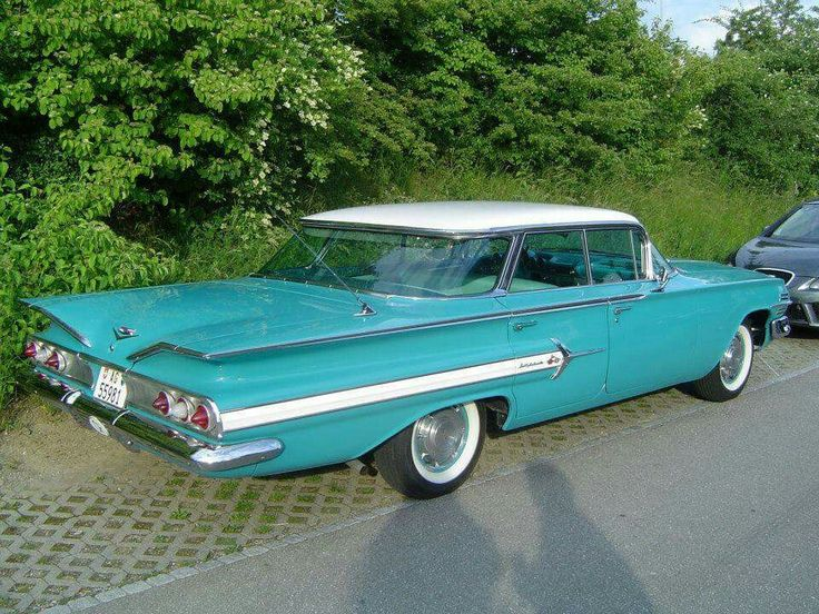 1960 Chevrolet Impala Sport Sedan