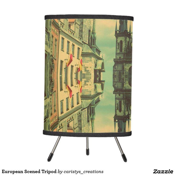 European Scened Tripod Tripod Lamp