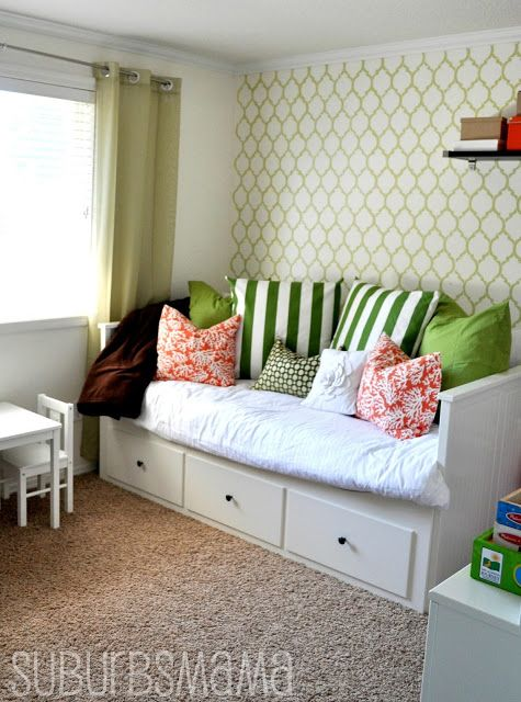 bed extends to full size: Guest Room, Suburbs Mama, Play Rooms, Guest Bedroom, Playroom, Play Room Guest, Kid, Bedroom Ideas