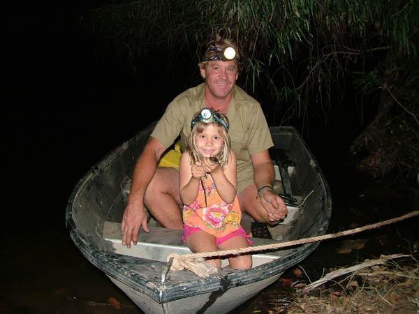 Steve Irwin and daughter Bindi Irwin <3
