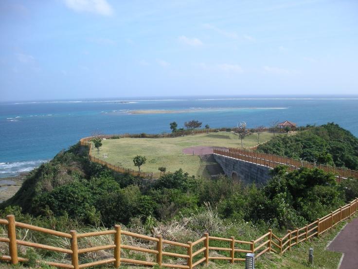 沖縄本島。知念岬