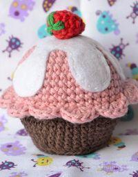 Cupcake Amigurumi - Patrón Gratis en Español aquí: http://esunmundoamigurumi.blogspot.de/2014/09/cupcake-patron-gratis.html