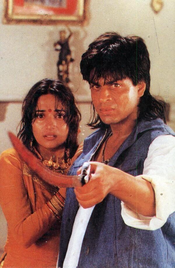 @Shahrukh Dandiwala Munawer RT@SRKGlobal_FC Celebrate with us the 17th Anniversary of Shah Rukh Khan's movie 'Koyla'! #17YearsofKOYLA pic.twitter.com/7b4cwEOTbB