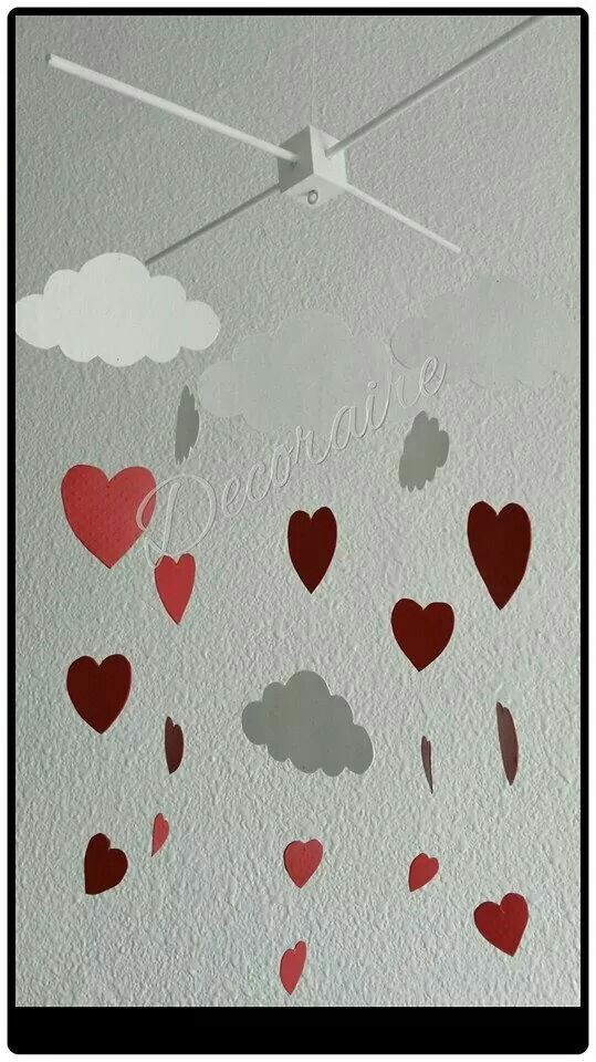 Móvil decorativo de nubes y corazones#ideal para decorar # decoración #decoration #hechoamano #handmade #cloud #heart