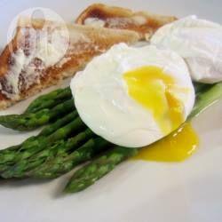 Poached Eggs with Asparagus @ allrecipes.com.au