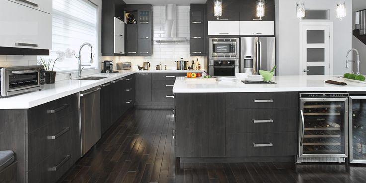 Les 25 meilleures id es concernant armoires de m lamine for Recouvrir armoire cuisine